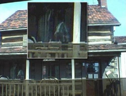 Cabin Ghost