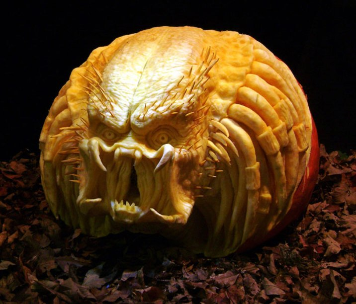 Creative-Cool-Halloween-Pumpkin-Carving-Ideas