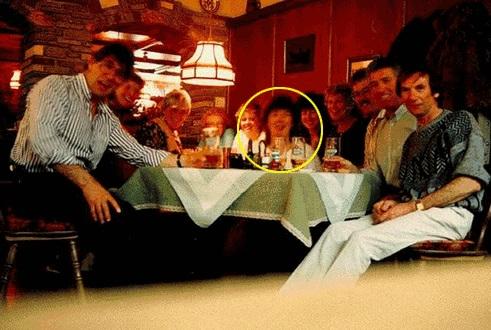 89-farewell-dinner
